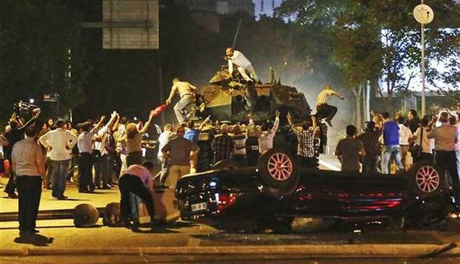 15 Temmuz'da sivillere dağıtılmıştı... O silahlar nerede?