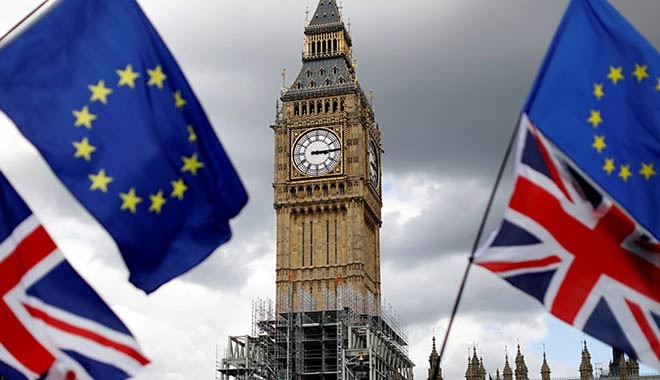 'Anlaşmasız Brexit, İngiltere'nin kamu borcunu 50 yılın en yüksek seviyesine çıkarabilir'