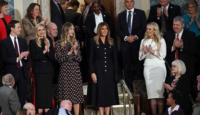 ABD First Lady'sinin yeni kıyafeti Twitter'de alay konusu oldu