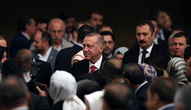 AK Partili vekiller de şikayetçi: Erdoğan'ın ve Albayrak'ın korumaları bizi itip kakıyorlar
