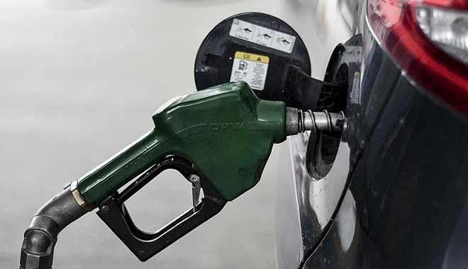 Benzin ve motorine yeni zam....