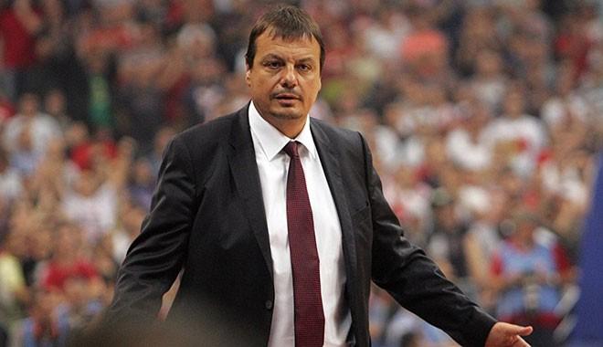 Ataman'dan Ali Koç'a sert sözler: Küfürlü tezahüratı azmettiren Fenerbahçe Kulübü başkanı