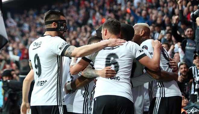 Beşiktaş, Göztepe'ye gol yağdırdı: 5-1