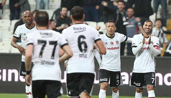Beşiktaş'ta yüzler gülüyor....