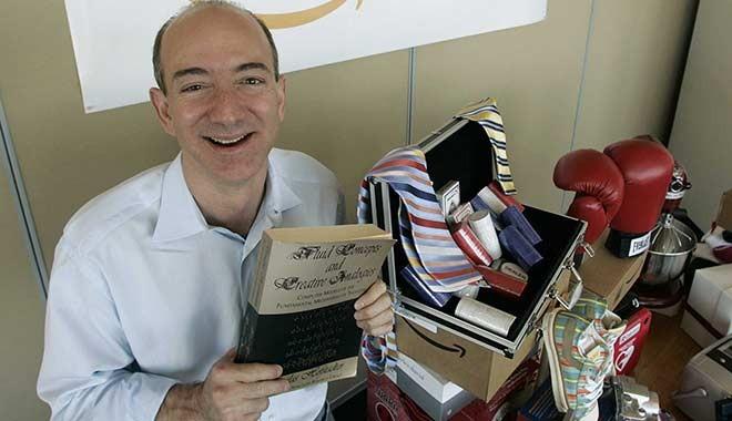 Dünyanın en zengin adamı Bezos binlerce kişiyi kovuyor