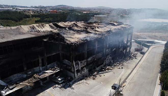 Ve Bakan rakamı açıkladı: 9 bin yangın, 136 bin iş yeri kapandı