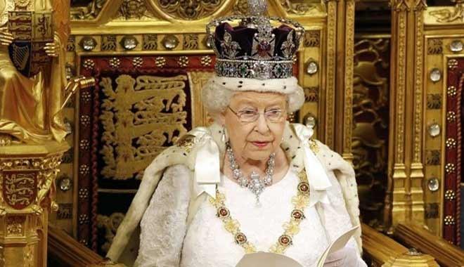 İngiltere Başbakanı Boris Johnson hastaneye kaldırıldı