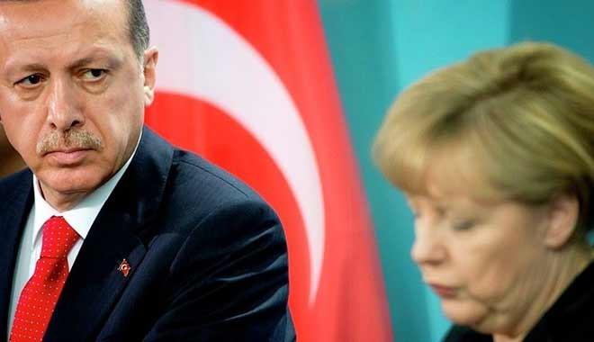 Alman medyası: Erdoğan, Almanya'ya yardım istemeye gelecek