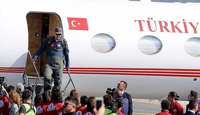 Erdoğan'a bu kıyafeti giydirenler neyin peşinde