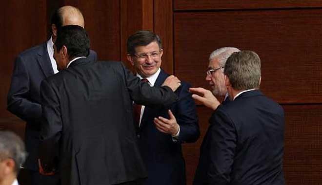Davutoğlu TÜSİAD mensupları ile buluşup planlarını aktarmış