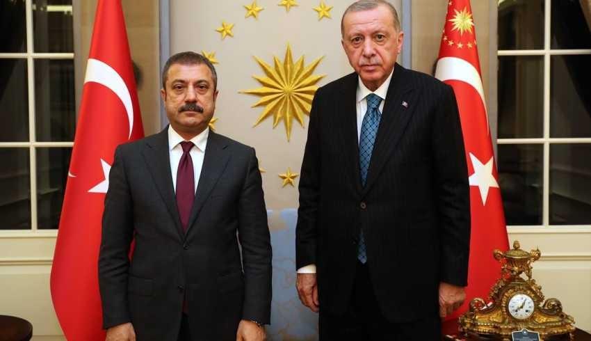 MB'de üç kişi görevden alındı; Türkiye'nin risk primi zirve yaptı