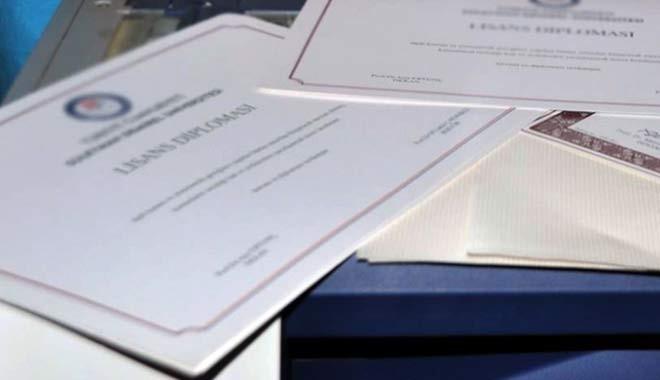 Eğitimde son durum: Sadece özel sektörde geçerlidir...500 liraya üniversite diplomanız hazır, hem de noter onaylı