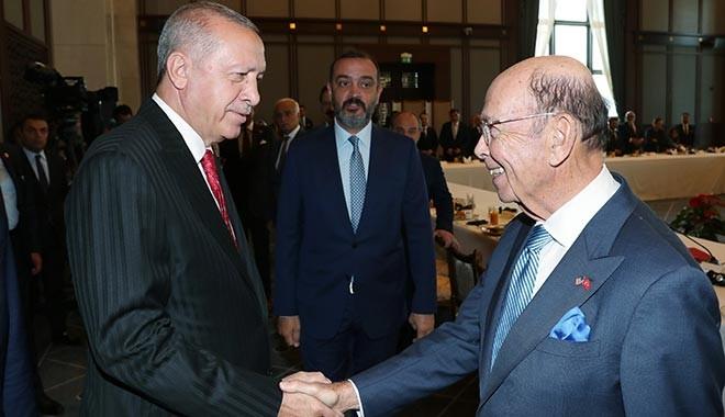 Erdoğan'dan ABD Ticaret Bakanı'na: 50 bine varan TIR'larla teröristlere mühimmat yollanması kabul edilemez.