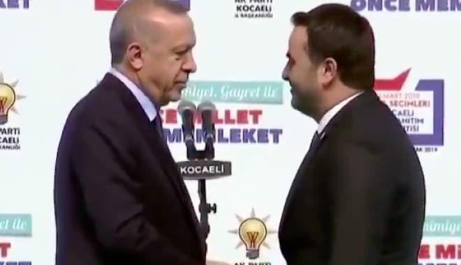 Erdoğan'dan belediye başkan adayına: Senin bıyık niye yok