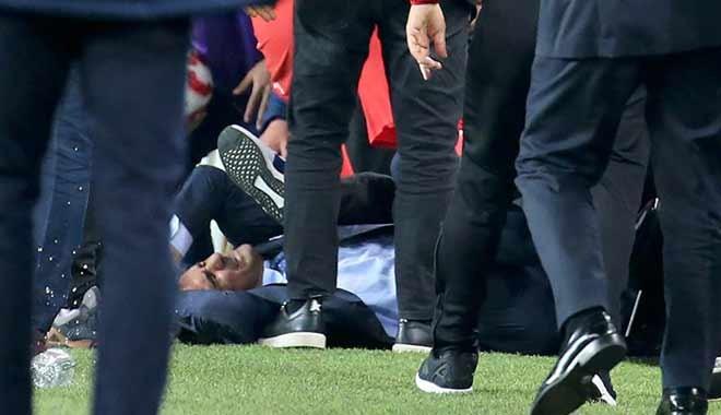Olaylı Fenerbahçe-Beşiktaş derbisini tatil eden hakem Mete Kalkavan'ın raporu ortaya çıktı