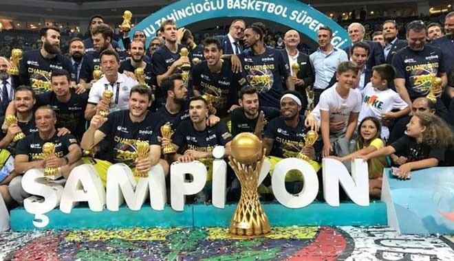 Fenerbahçe Doğuş'tan üst üste üçüncü, toplamda dokuzuncu şampiyonluk!