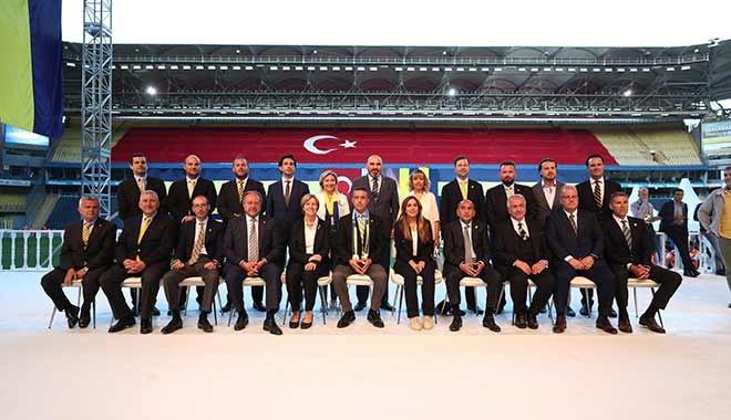Fenerbahçe'de görev dağılımı yapıldı? Kim, hangi göreve geldi?