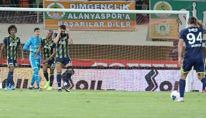 Fenerbahçe ilk yenilgisini aldı: 3-1