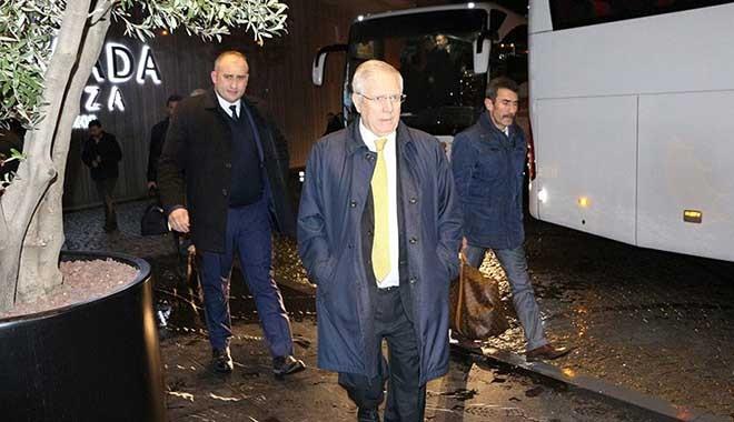 Fenerbahçe kafilesi Trabzon'da! Aziz Yıldırım 427 gün sonra…