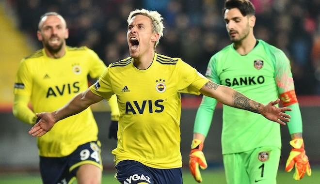 Fenerbahçe'nin dünya yıldızı futbolcusunda korona çıktı