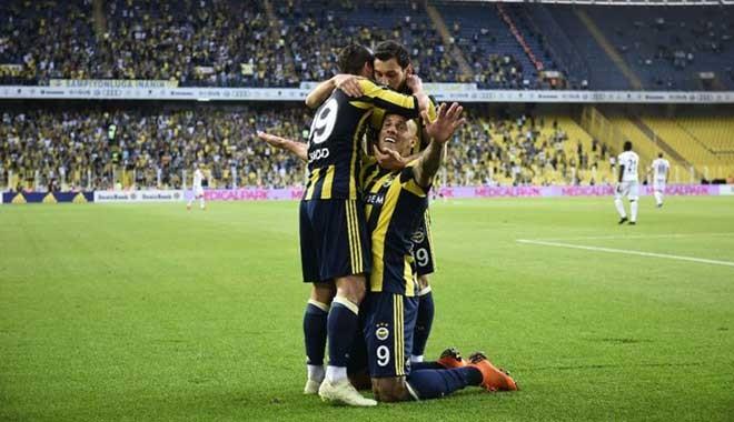 Fenerbahçe'nin 2019 forması basına sızdı