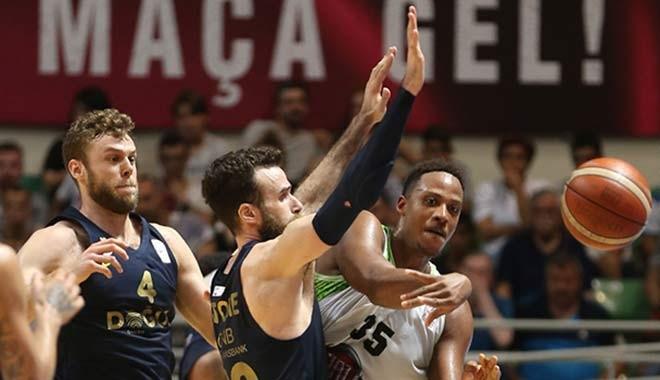 Fenerbahçe Doğuş şampiyonluğa bir adım daha yaklaştı