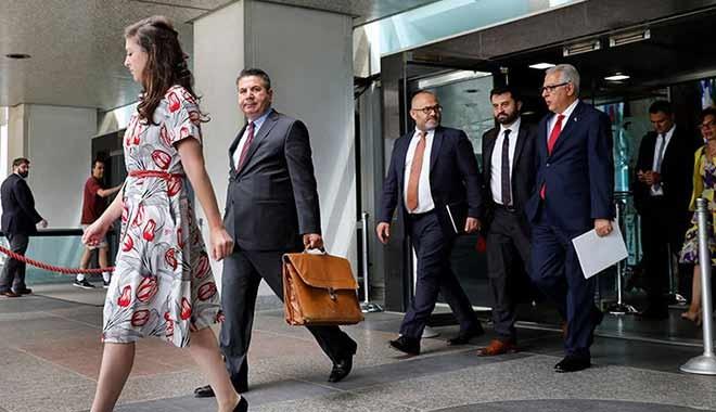 Financial Times'tan flaş iddia: ABD, papaz Brunson için çarşambaya kadar süre verdi