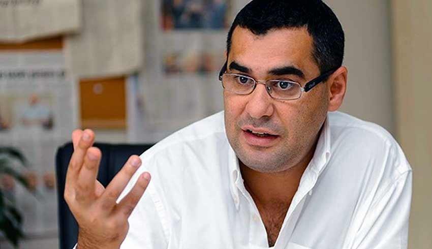 Gazeteci Enver Aysever hakkında karikatür paylaşımı nedeniyle 1.5 yıl hapis istemi