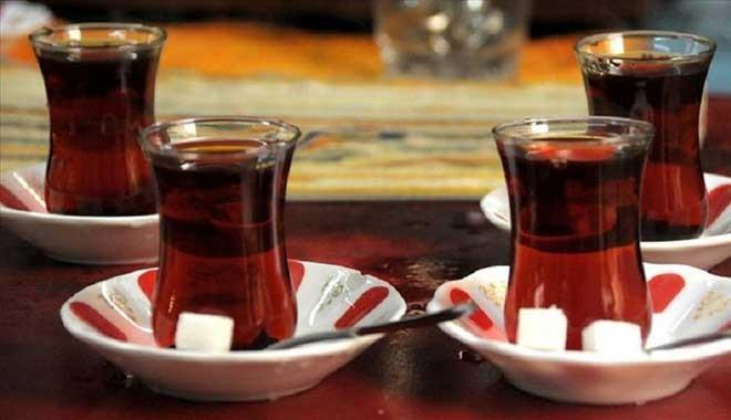 Amerikalı doktordan koronavirüse karşı siyah çay ve çörek otu önerisi