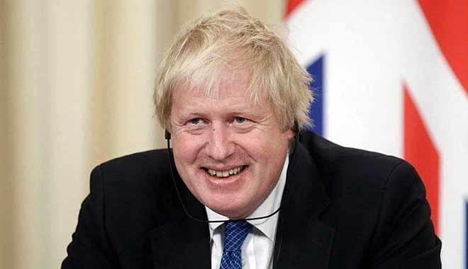 'Osmanlı torunu' Johnson istifa etti
