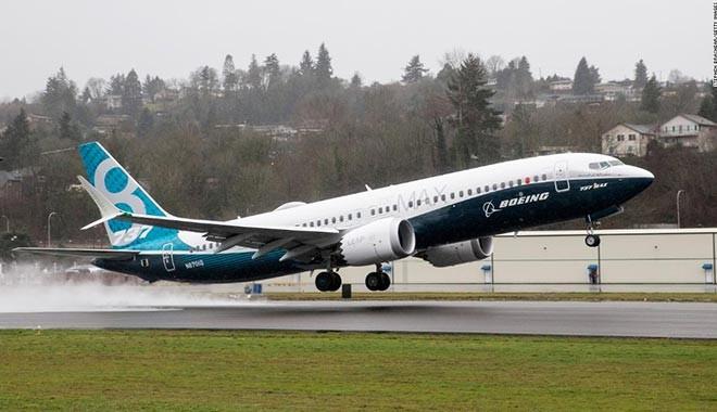 Boeing'den önemli çağrı: Uçuşları durdurun