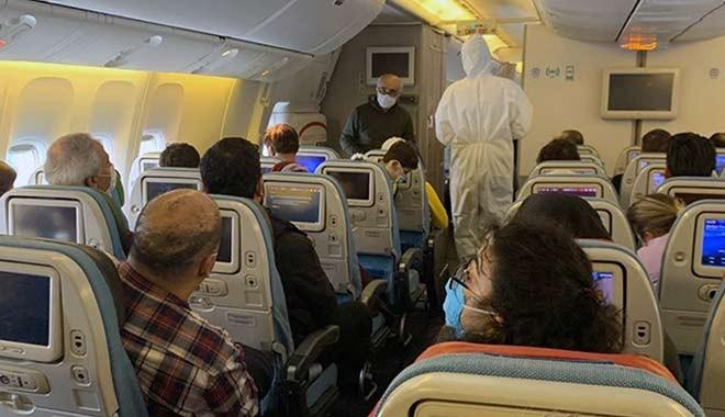 Korkutan itiraf! On binlerce kişi uçakta korona kapmış olabilir!