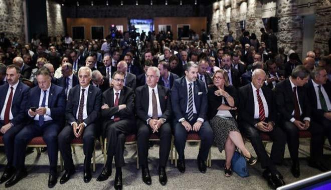 İş dünyasında 'ekonomi yönetimi' kaygısı! Türkiye'nin stajyere değil ustaya ihtiyacı var...