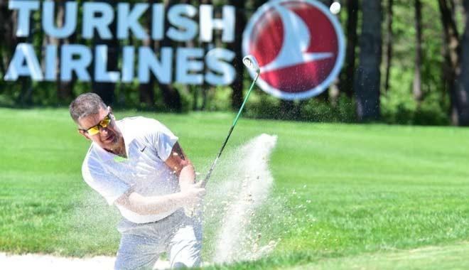 İş dünyasında yeni trend: Cumayı kılıp, golfe gitmek...