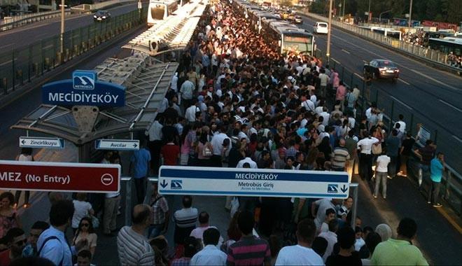 Erdoğan açıkladı: Ankara'ya metrobüs geliyor