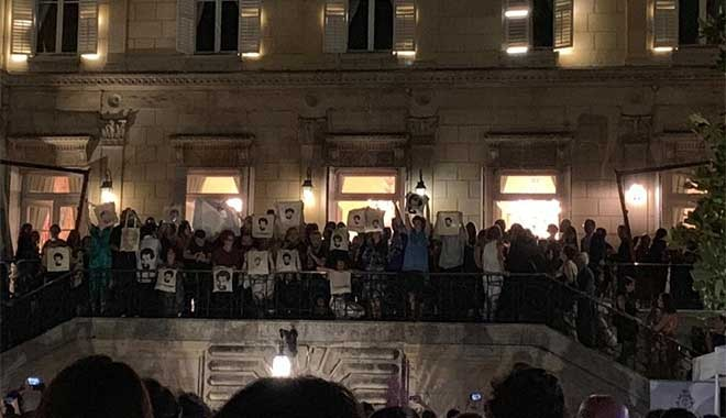 Turizm Bakanı'na 'Kavala' protestosu