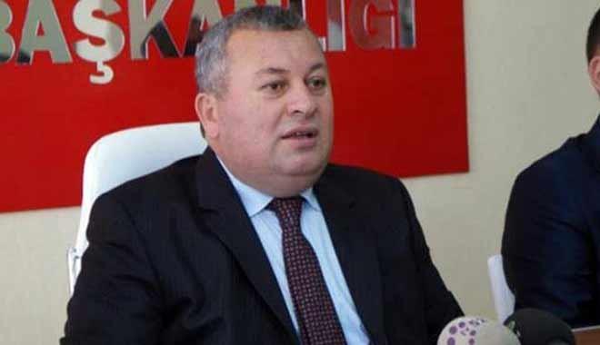MHP Milletvekilinden gazeteciye: İş Bankası'nda hissen mi var lan!
