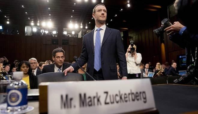 Facebook CEO'su Zuckerberg'den dalga geçer gibi ifade: Benim de bilgilerim çalındı