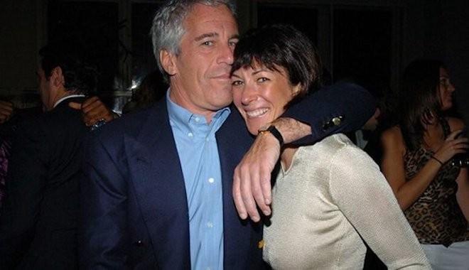 Milyarder Epstein'a reşit olmayan kızları temin eden hayat arkadaşı Maxwell, ABD'de gözaltına alındı