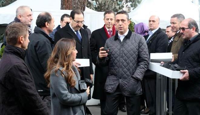Mustafa Koç mezarı başında anıldı! İşte o görüntüler...