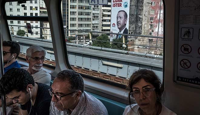 NYT'den çarpıcı analiz: Türkler kitleler halinde ülkeyi terk ediyor