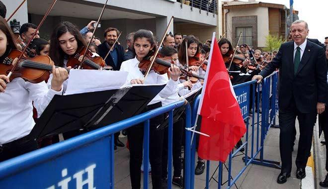 Öğrenciler çaldı, Cumhurbaşkanı Erdoğan söyledi