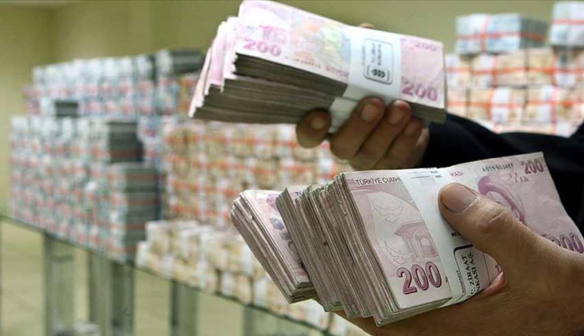 Bankalar kredi faizlerini indirmiyor!