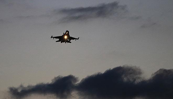 Reuters'a konuşan Türk yetkililer: Gece saatlerinde Suriye-Irak sınırındaki geçiş noktaları vuruldu