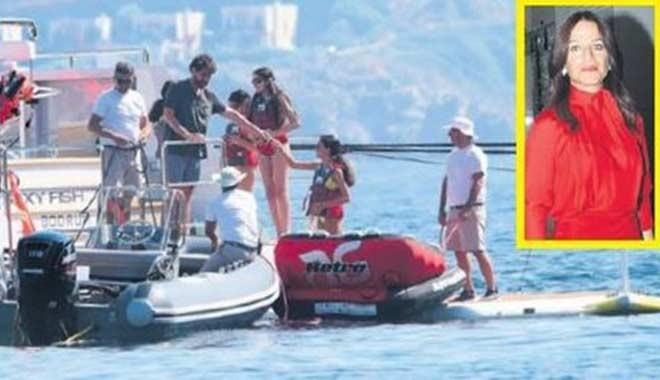 Sevgilisi Sevil Sabancı'nın 11 milyon Euro'luk yatında sezonunu açtı