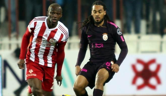 Galatasaray, Sivas'ta 3 puan bıraktı, liderlik fırsatını kaçırdı