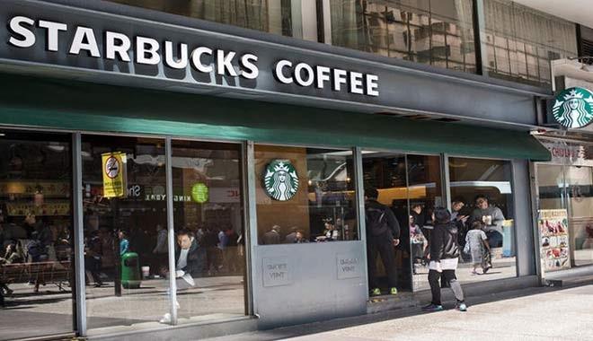 Starbucks'da ırkçı skandal! Sipariş vermeyeni gözaltına aldırdı, CEO özür diledi