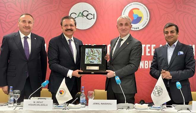 TOBB Başkanı Hisarcıklıoğlu: Gelecek Pasifik'te, yatırım yapan kazanır