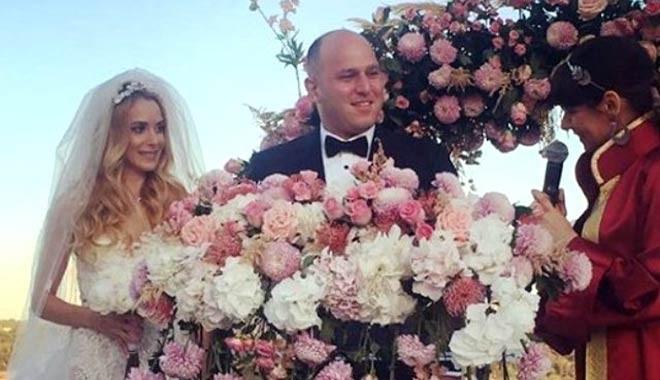Turgay Ciner'in oğlu kiminle evlendi?