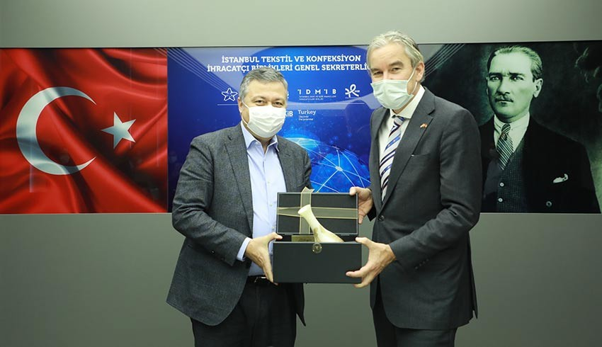 Türk tekstil sektörü ve Hollanda geri dönüşüm alanında iş birliğine hazır